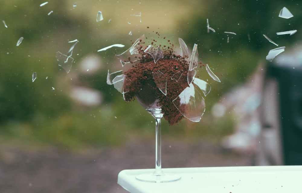 art broken explosion glass